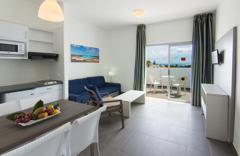 Apartamentos Ficus | Costa Teguise, Lanzarote | Enjoy one of our confortable holiday partments